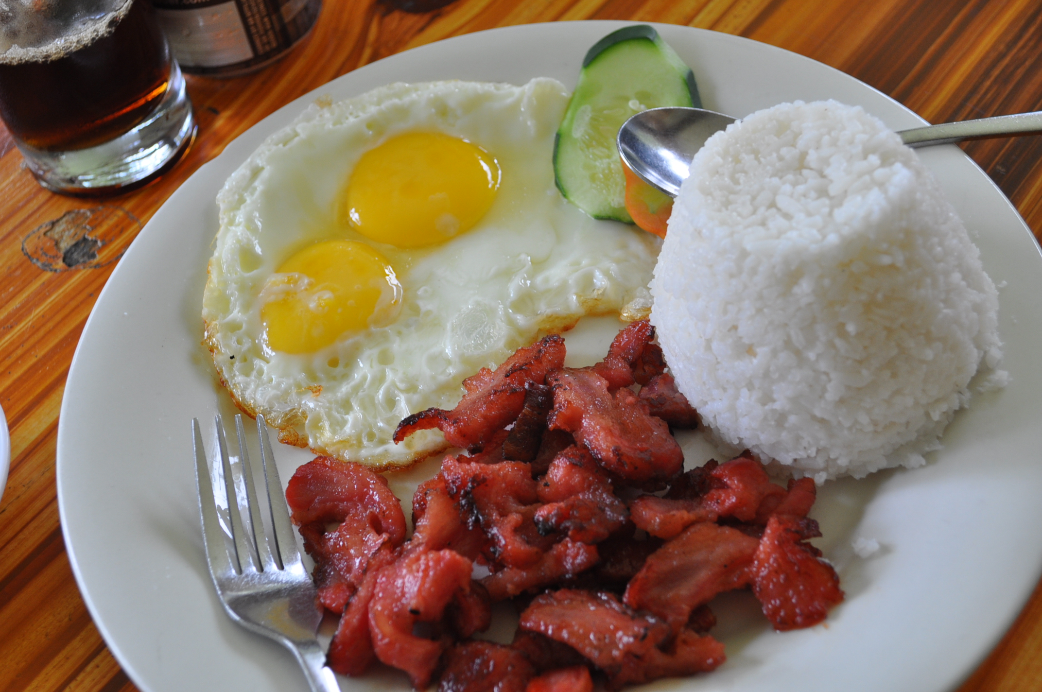 How To Eat Like A True Filipino