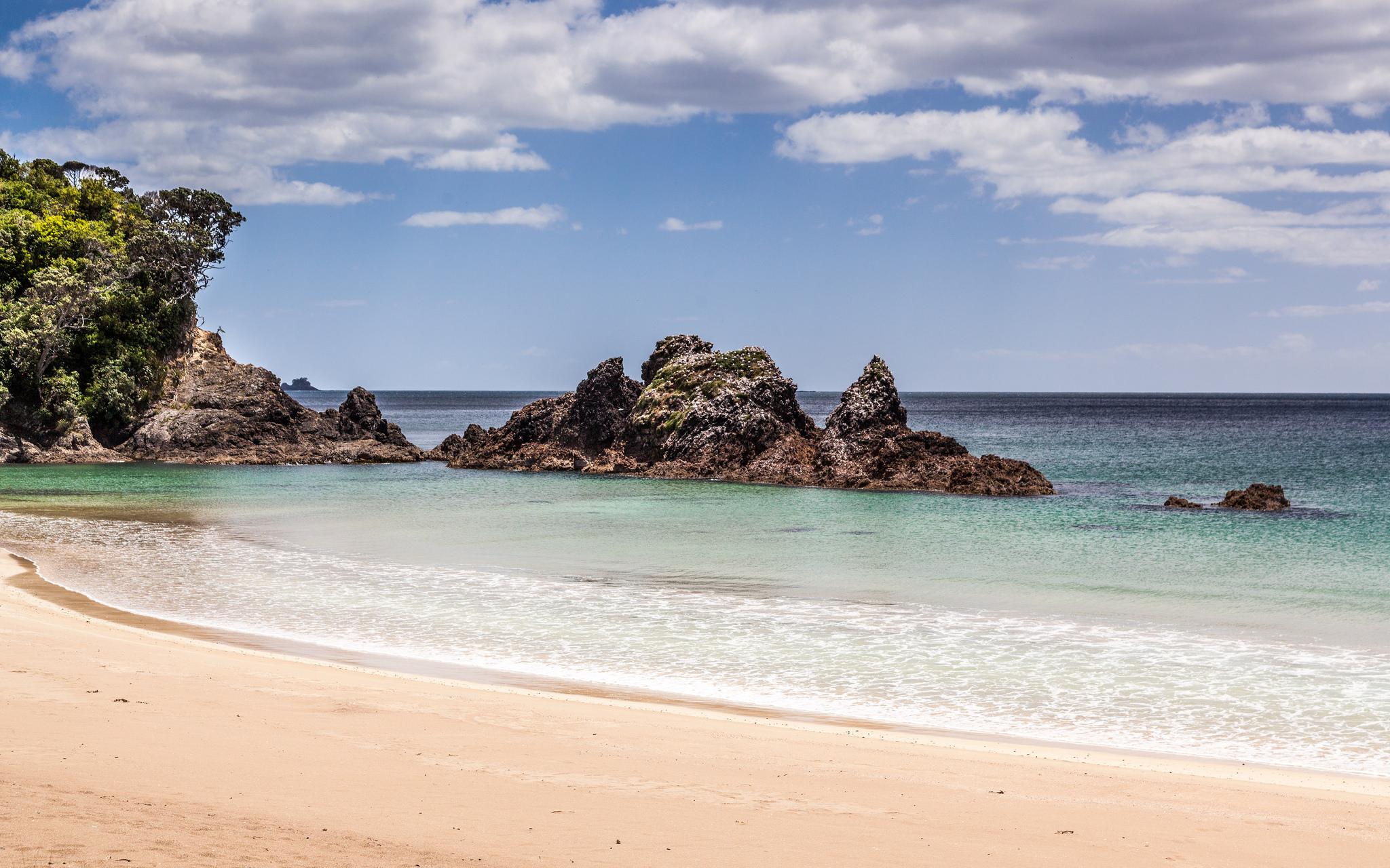 11 Beautiful Secret Beaches in New Zealand