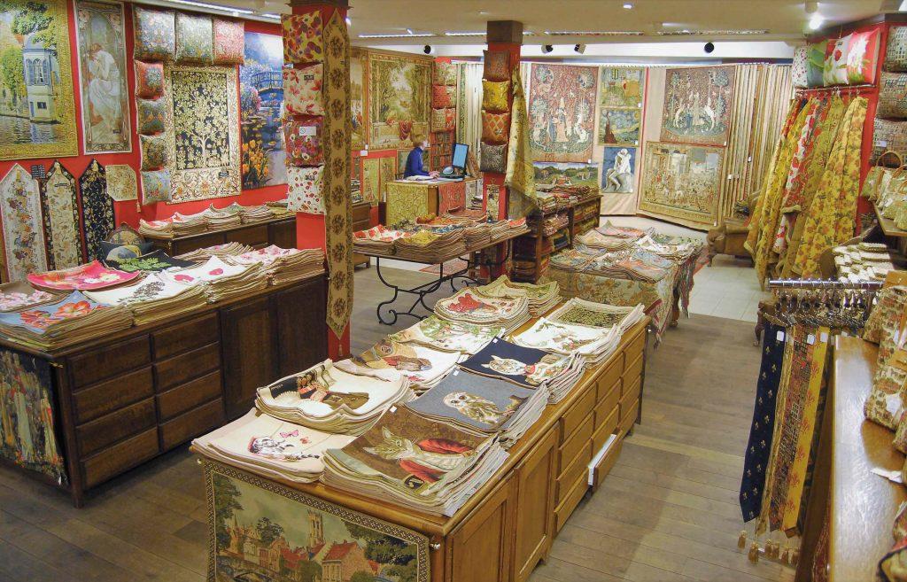A Belgian original vintage tapestry doilies