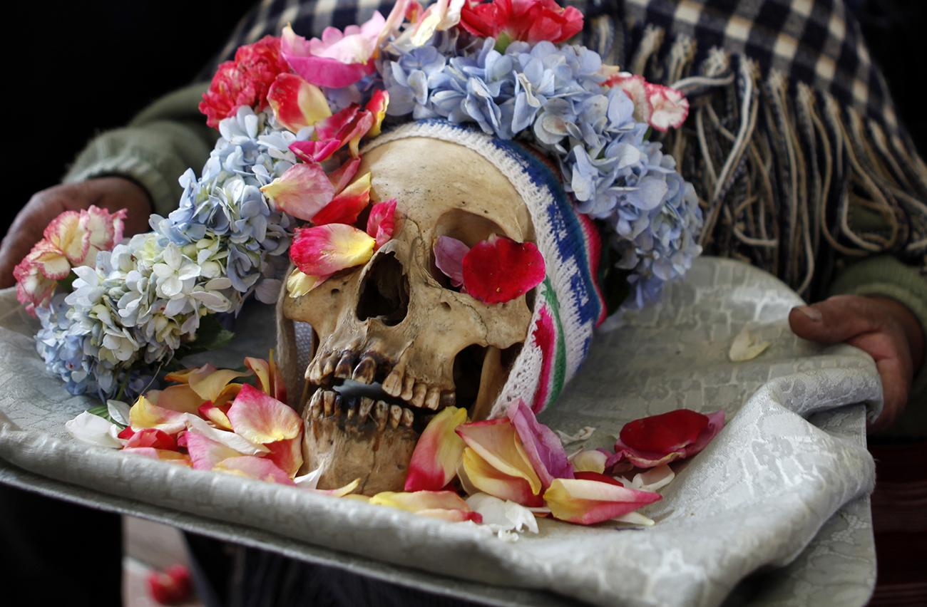 Ritual kematian Dia de Los Natitas - Bolivia