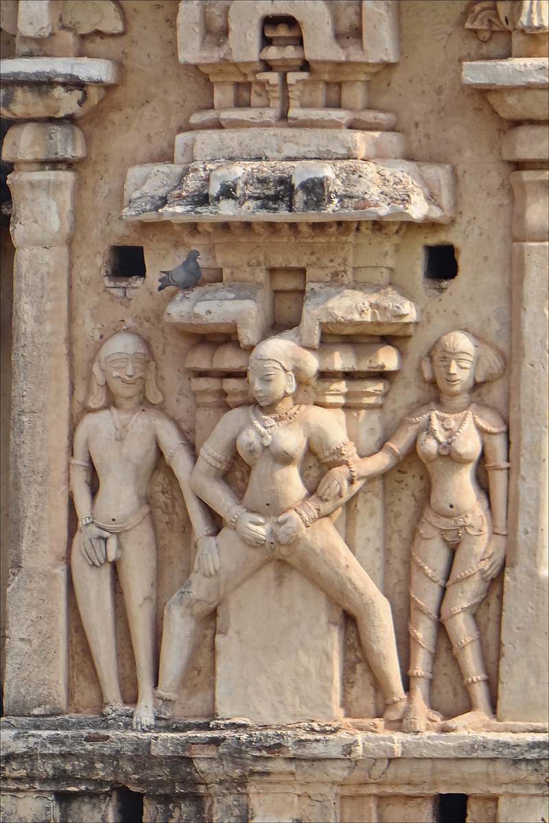 Indian sex sculpture