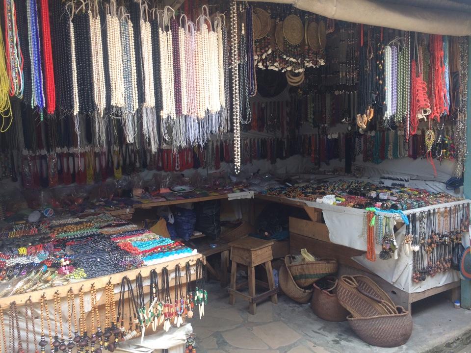 An Essential Guide to Lagos  Lekki Market e0bf6bdb24bf2