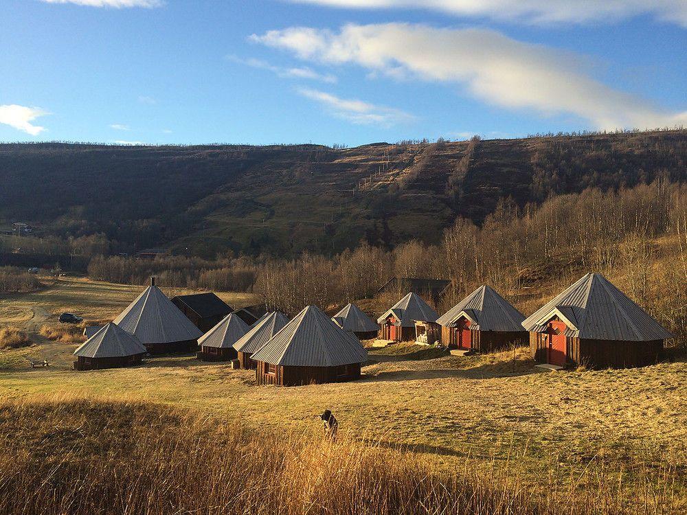 Tremendous 12 Of Norways Most Cosy Log Cabins Interior Design Ideas Truasarkarijobsexamcom