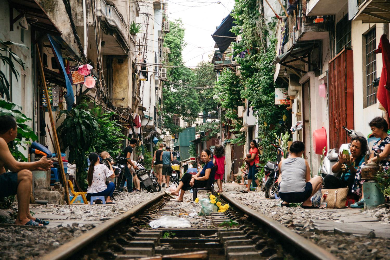 Meet the Vietnamese Families Living on Hanoi's Train Street
