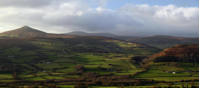 Sugar_loaf_mountain_brecon_beacons_national_park_wales