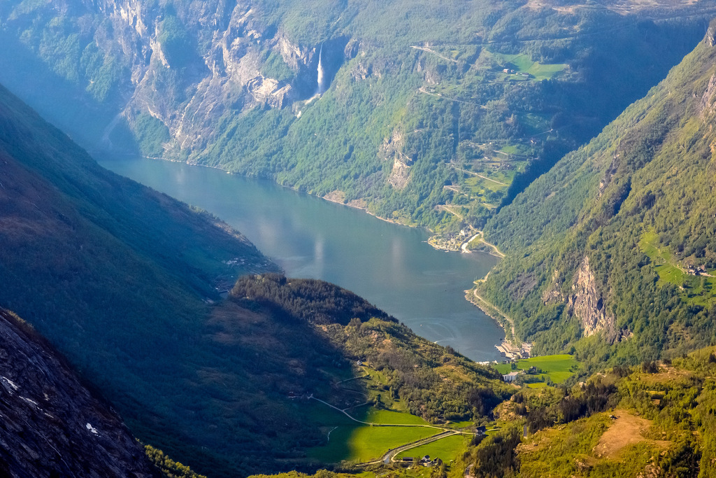 The view from Dalsnibba | © dconvertini : Flickr