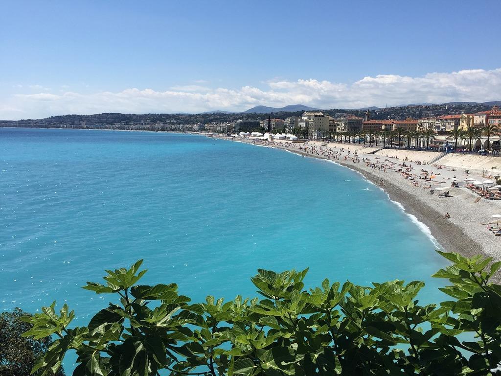 https://pixabay.com/en/nice-france-beach-sea-1815855/