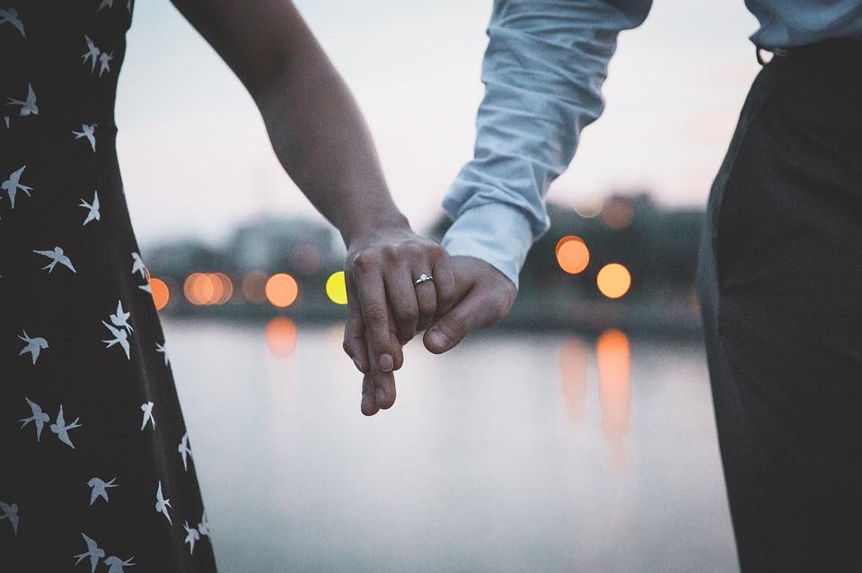 Dating Guy Maroc. Dating femeie inchisoare