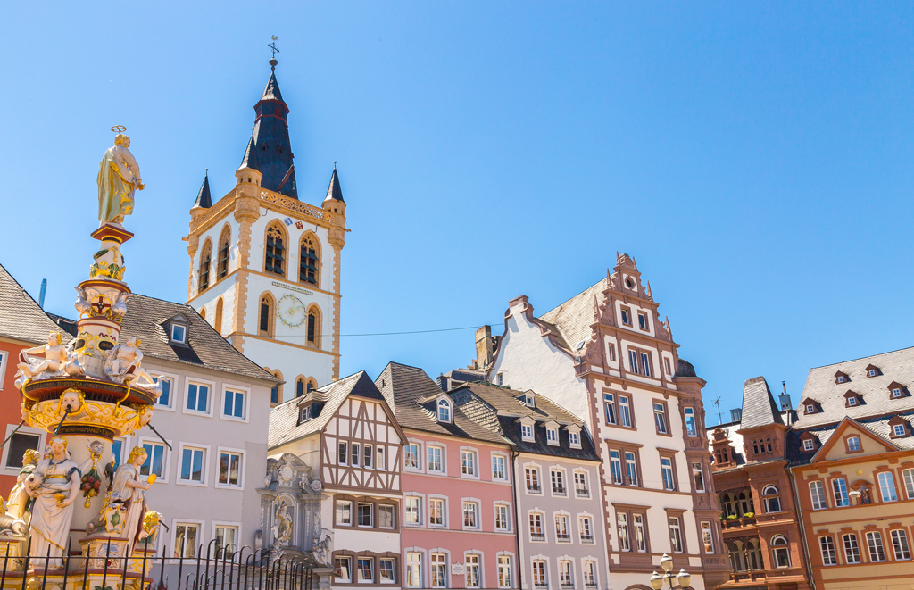 Market square in Trier, Germany | © wsf-s/Shutterstock