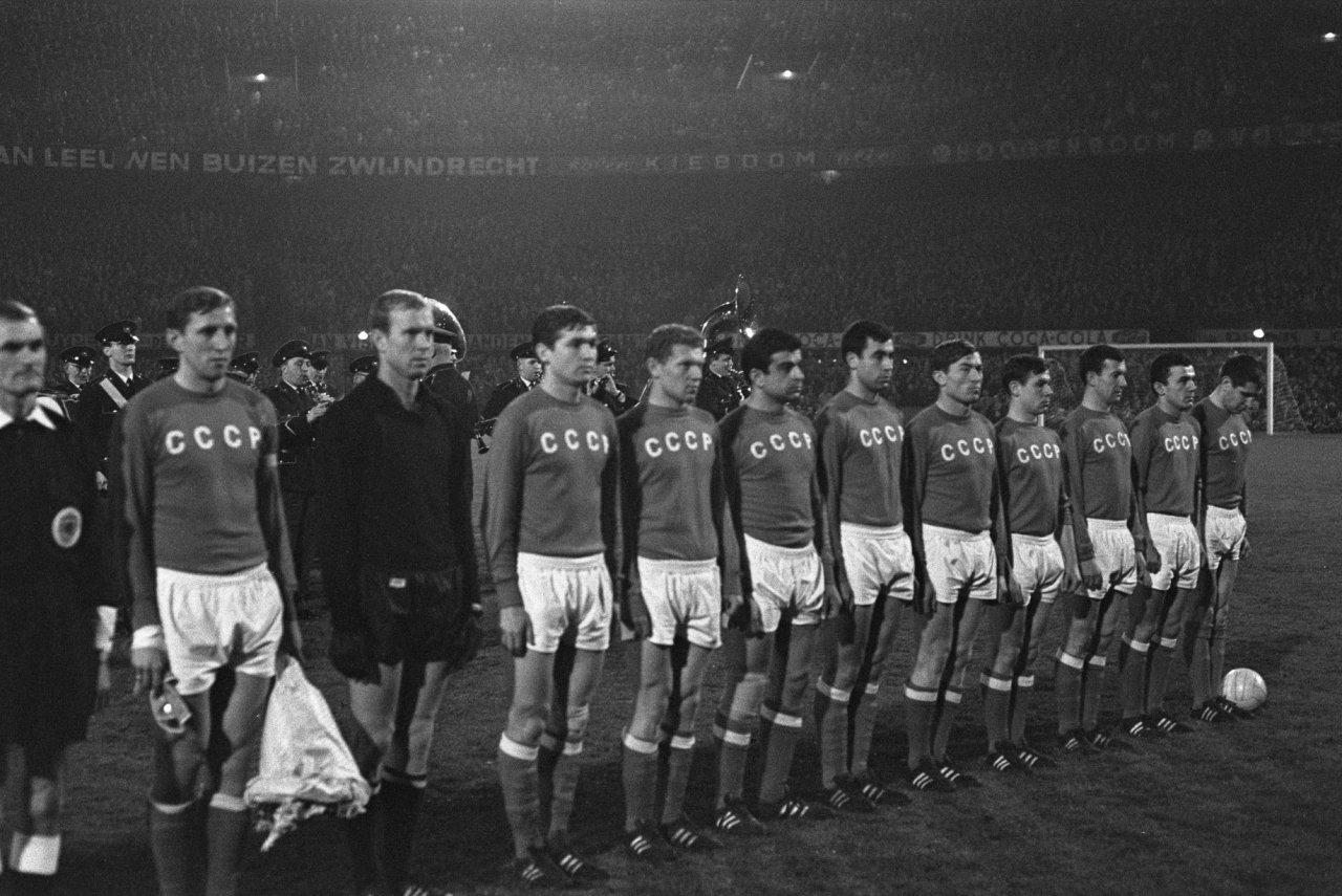 Afbeeldingsresultaat voor ussr yugoslavia 1960 ponedelnik
