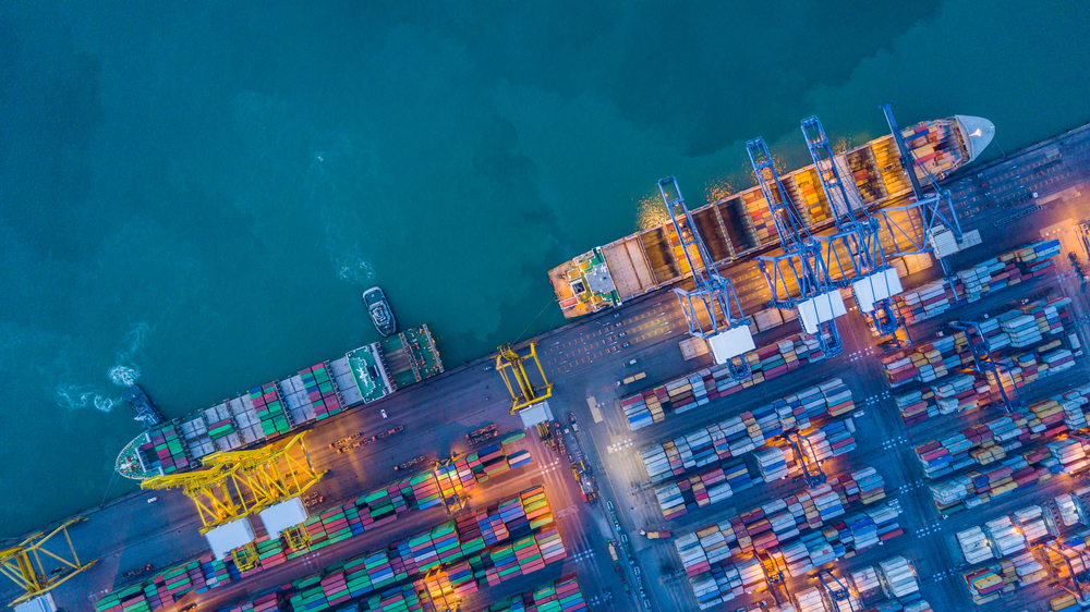 Containers and shipping freighters capture by drone   © Avigator Thailand/Shutterstock