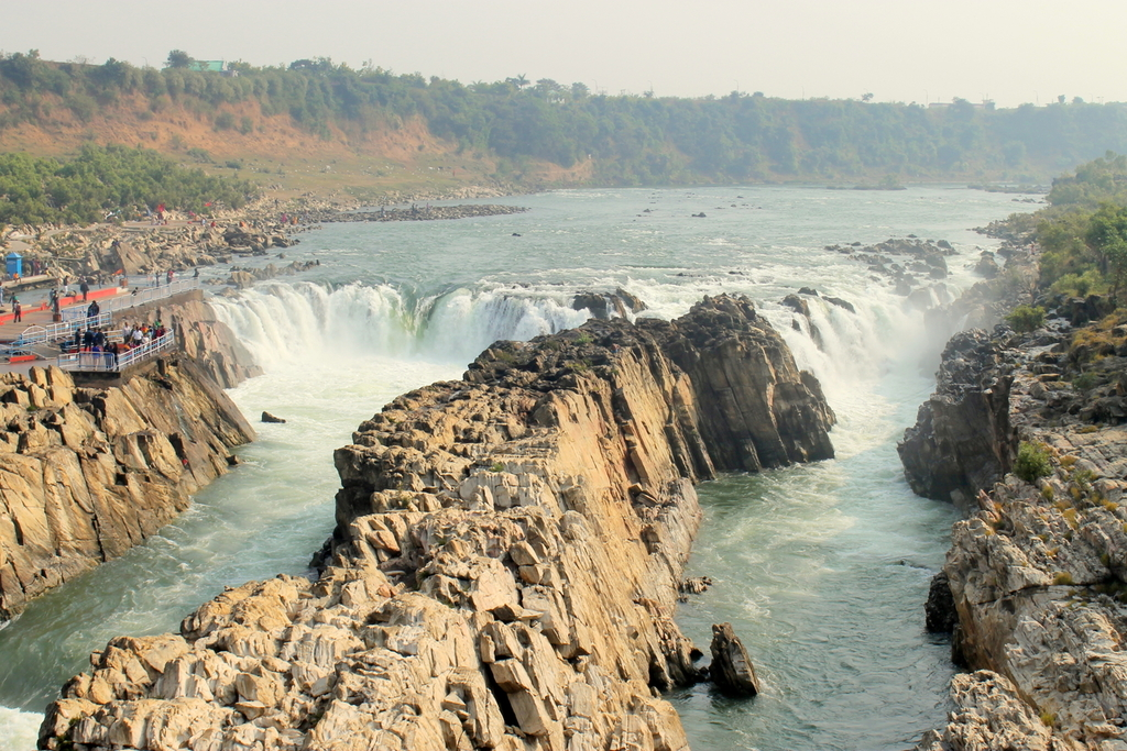 Dhuadhar Waterfalls