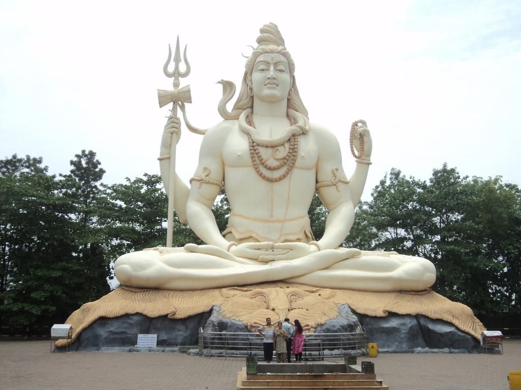 Kachnar City Shiva Statue