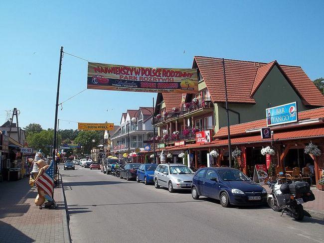 Nadmorska_Street_-_Łeba