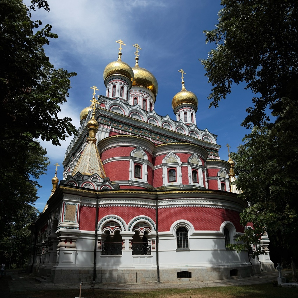 Shipka_Memorial_Church_back_(24764876369)