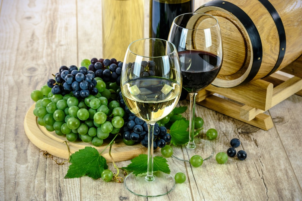 white and red wines in Galicia