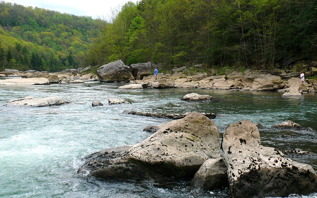 1024px-Gauley_River-27527-2