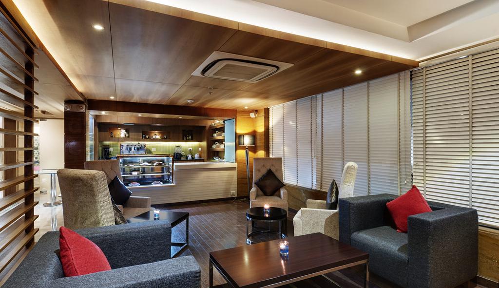 Leisure-Inn-West-Gurgaon-Barcode-Bar