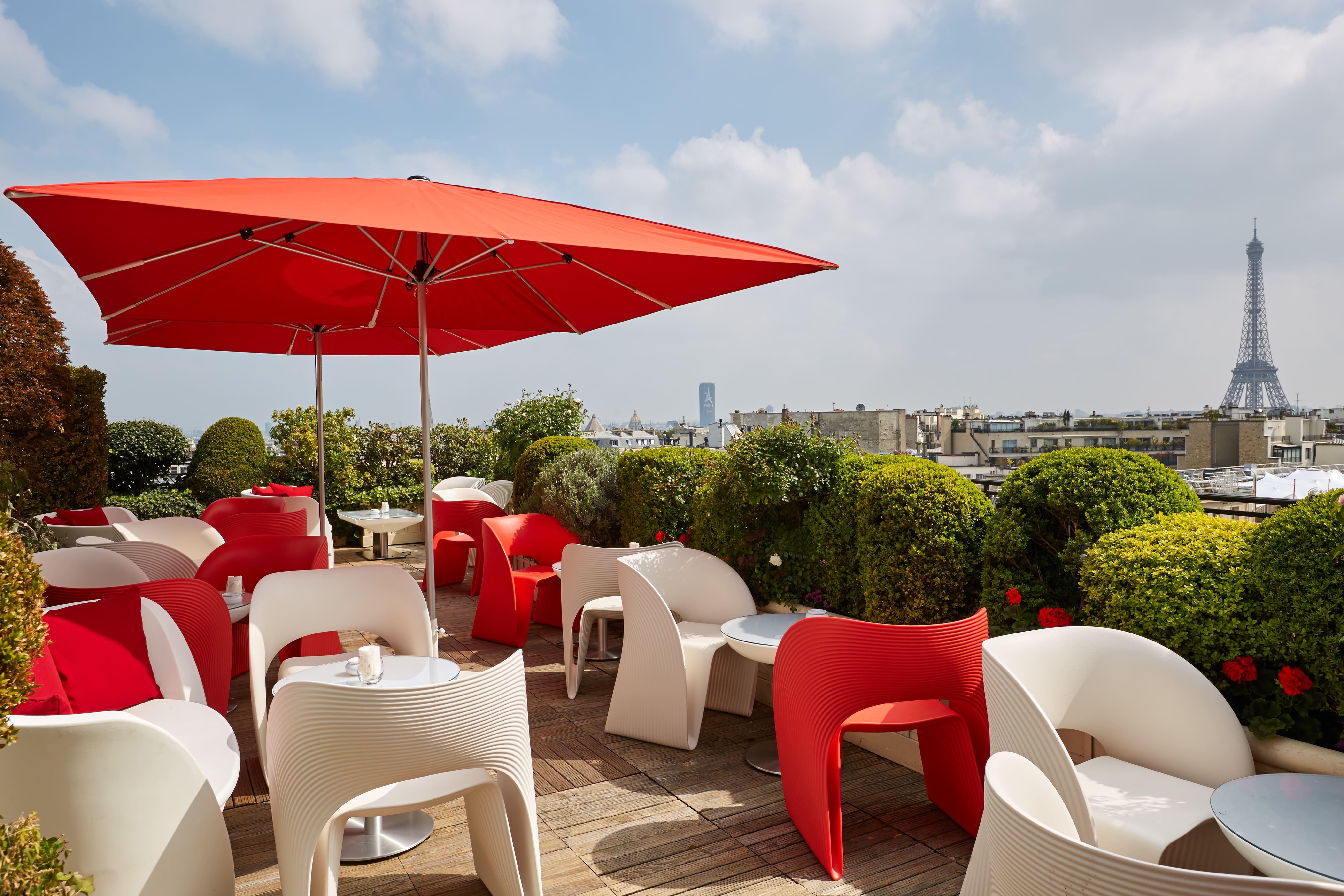 The Best Rooftop Bars In Paris