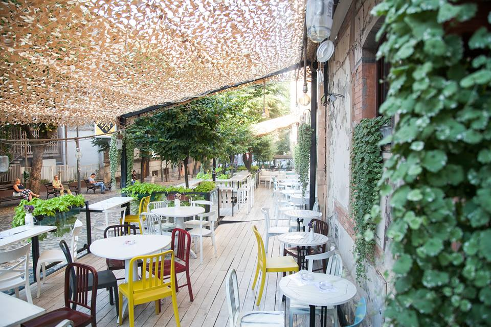 The 10 Best Bars And Restaurants In Skadarlija Belgrade