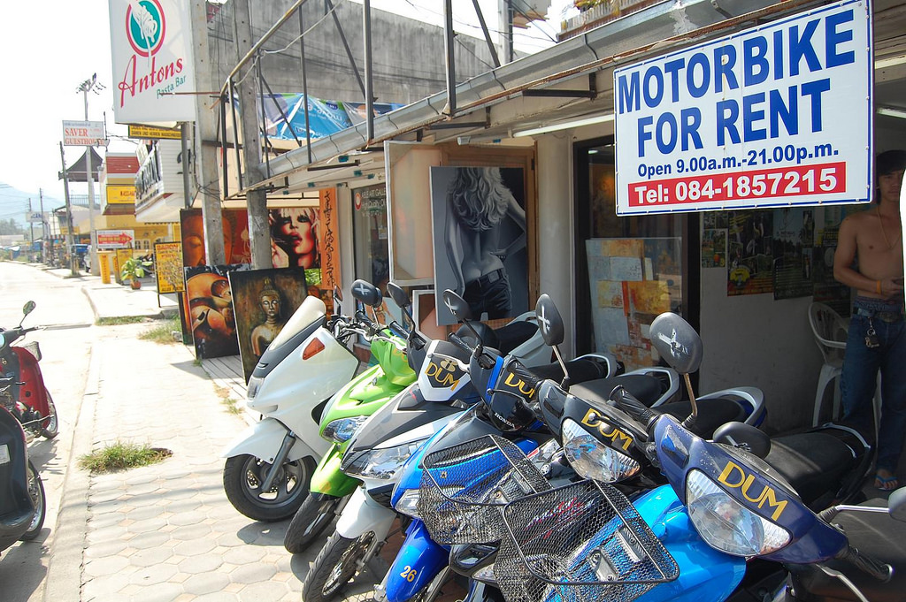 How to Navigate Transport in Koh Samui, Thailand