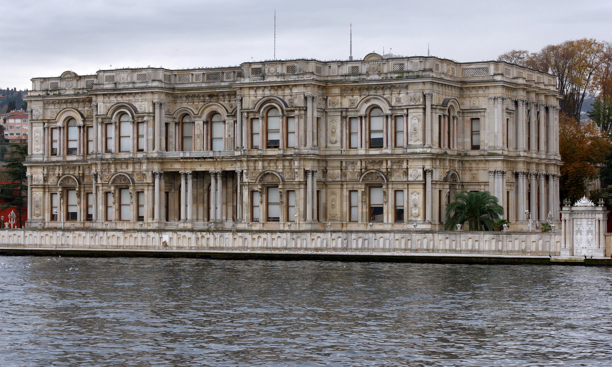 8 Palaces In Istanbul You Need To Visit