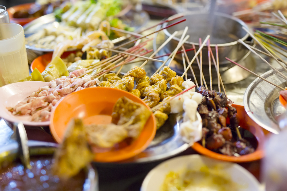 15 Delicious Street Food Dishes to Try in Malaysia