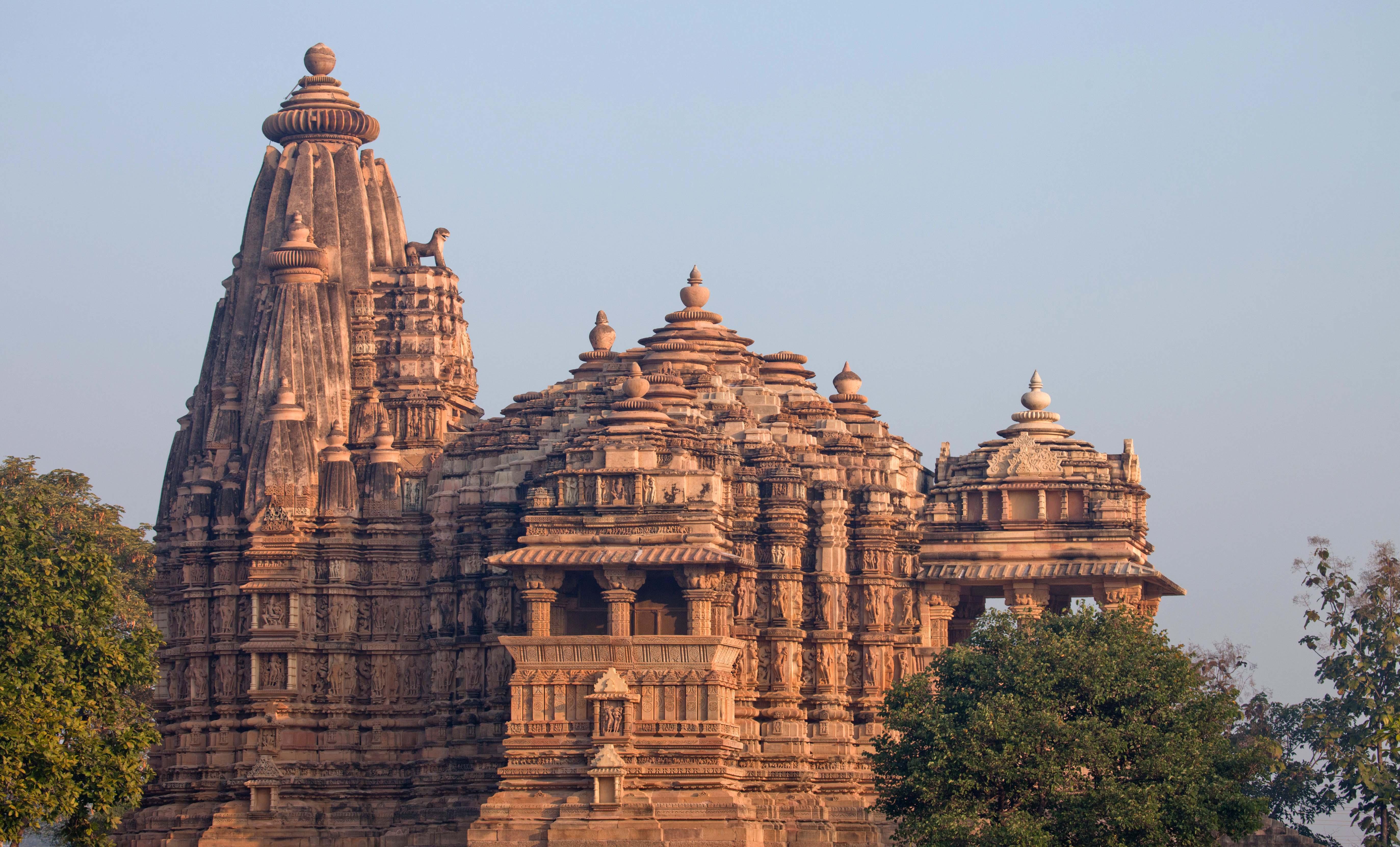9 Must-Visit Temples in Kanchipuram, India