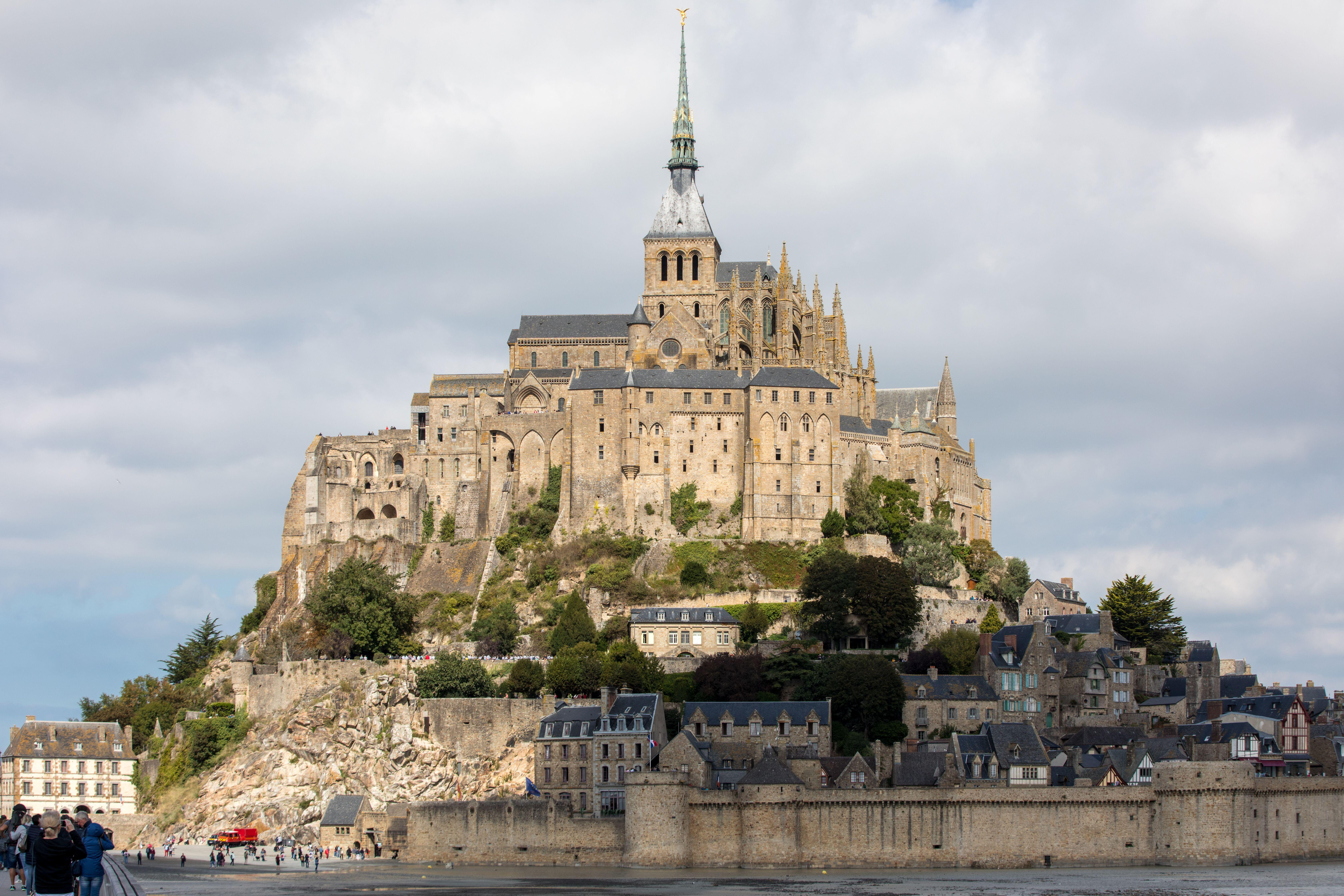 The 15 Most Beautiful Medieval Castles In The World
