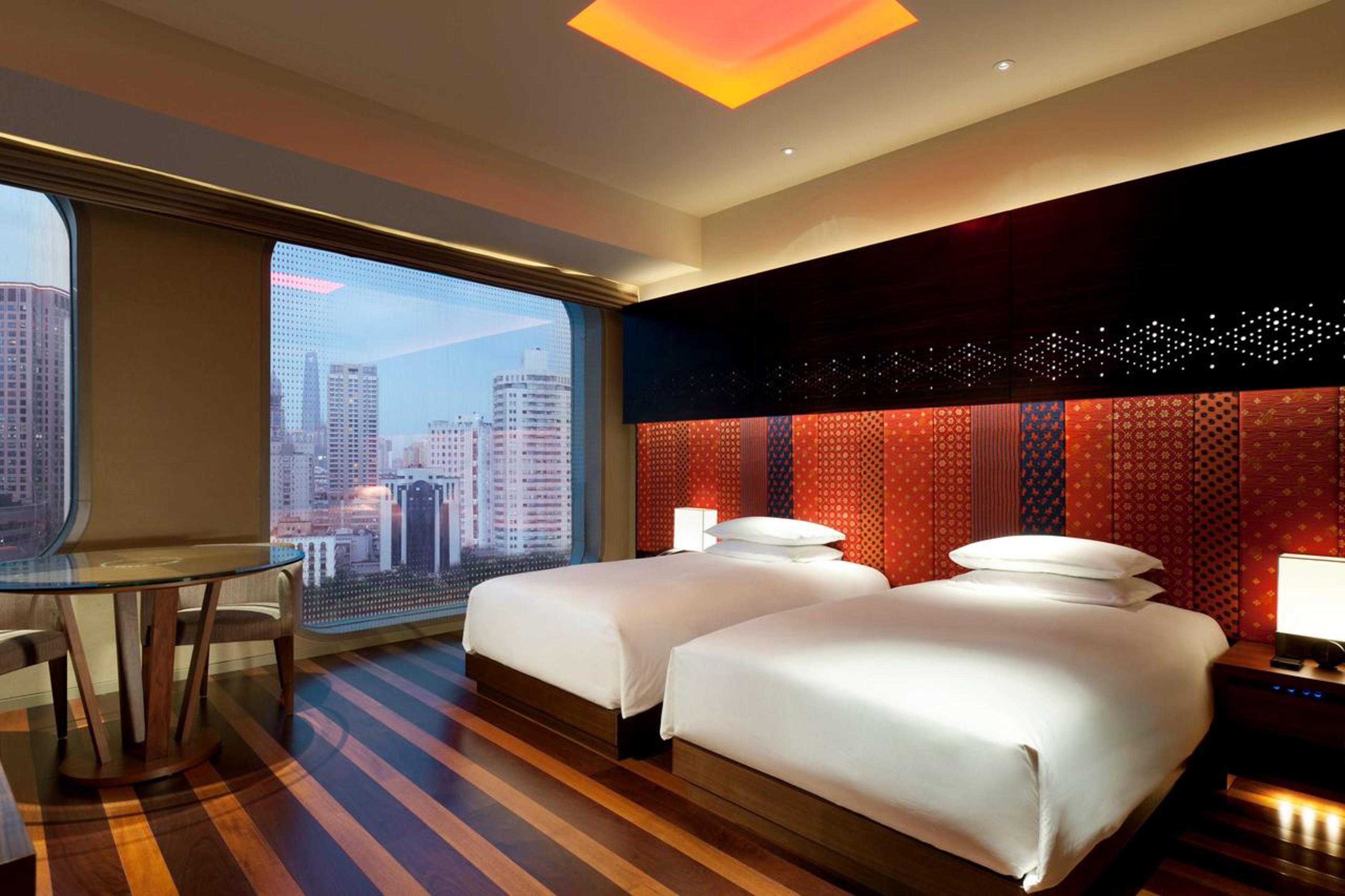 Shanghai Escorts, Escort Agencies And Erotic City Guide