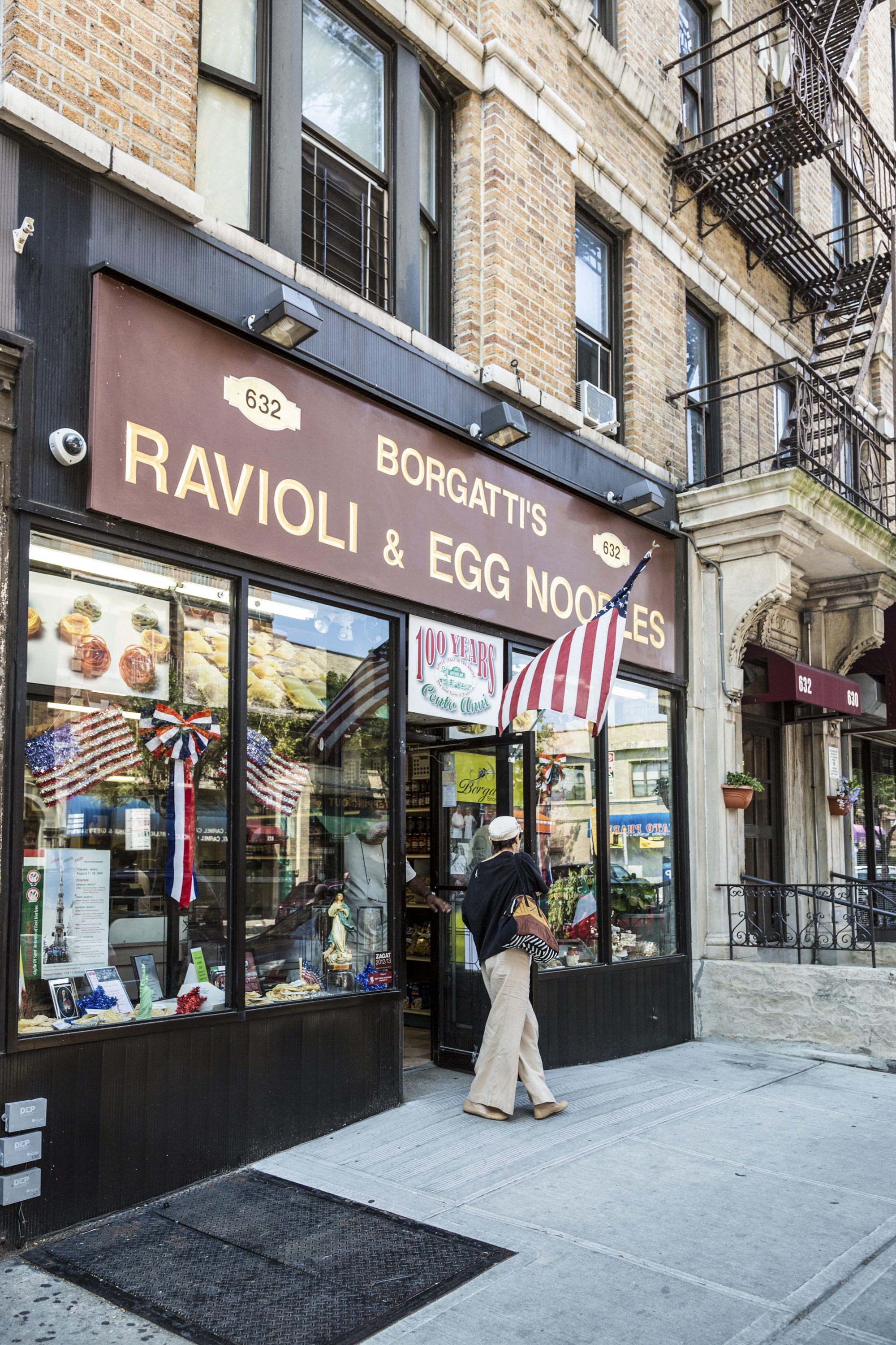 The Best Places To Eat Along Arthur Avenue The Bronx