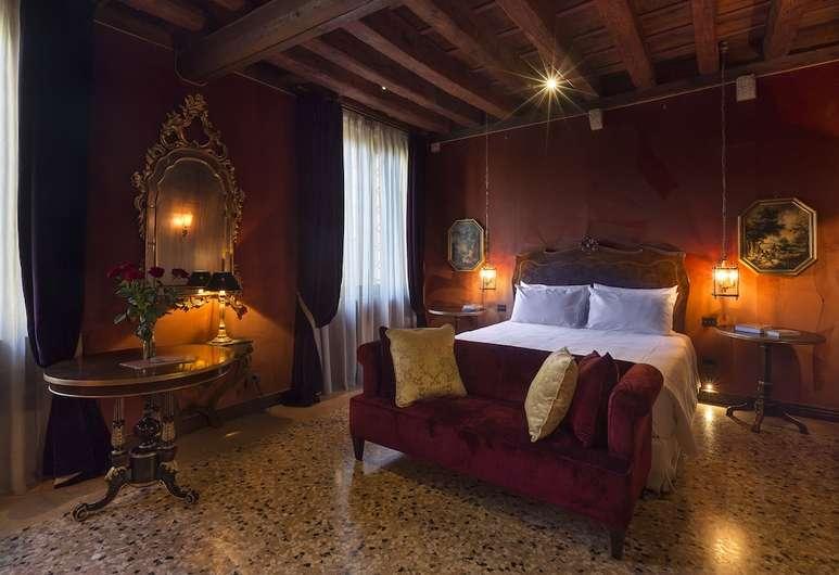 The 8 Best Luxury Hotels in Venice